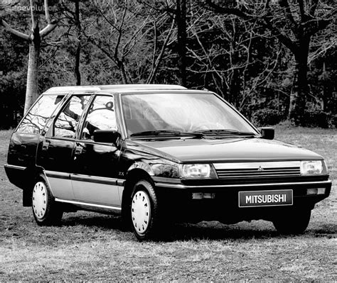 mitsubishi lancer combi specs 1989 1990 1991 1992 autoevolution