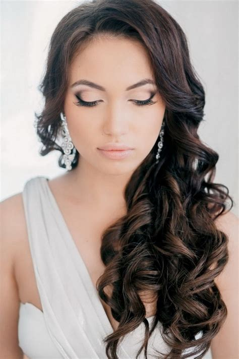 Wedding Hairstyles For Hair That Doesn T Curl by Curly Wedding Hair Styles Gorgeous And Dazzling