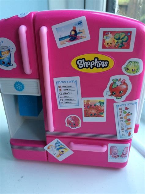 Button Shopkins 02 review shopkins so cool fridge playset mummy vs work