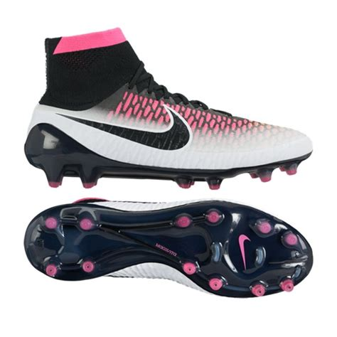 nike knit soccer cleats 17 best images about nike magista on soccer
