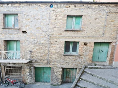 buy a house in italy house in stone and bricks with cellar for sale in italy buy a house in abruzzo italy