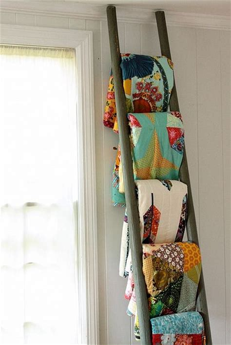 Quilt Ladders For Display by Quilt Ladder Beautiful Way To Display Quilts For The