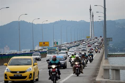 traffic in penang during new year penang bridge will be closing some of its lanes for a year