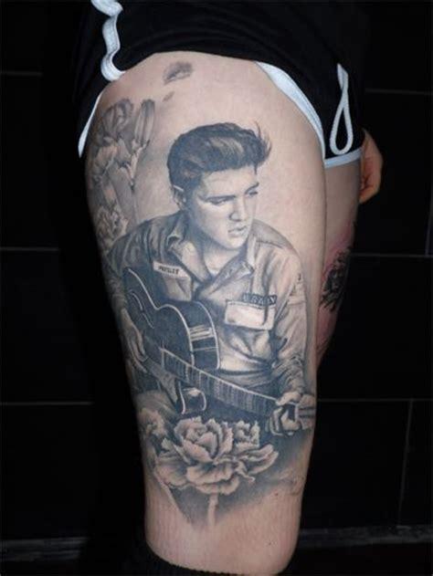 elvis tattoo fail de 24 b 228 sta elvis tattoos bilderna p 229 pinterest