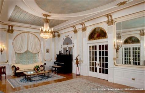 room villa lewaro