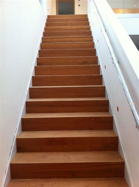 holz treppenstufen treppenstufen holz auf beton befestigen bvrao