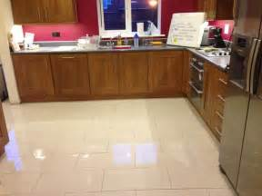 Ceramic Tile Kitchen Floor Choose The Best Kitchen Flooring Options