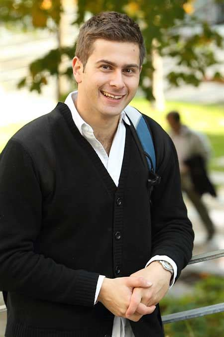 Md Mba Canada by Mcgill Md Mba Candidate Juggles Studies