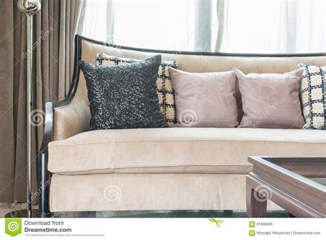 Luxury Living Room Pillows Classic Sofa Style With Pillows In Luxury Living Room