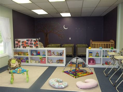 Daycare Room Ideas by Best 25 Infant Room Daycare Ideas On Infant