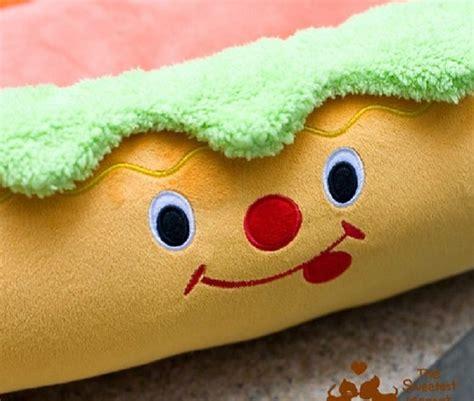 hot dog bed hot dog shaped dog bed dog breeds picture