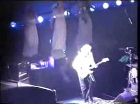 pink floyd learning to fly live pink floyd learning to fly live london 13 10 1994 youtube