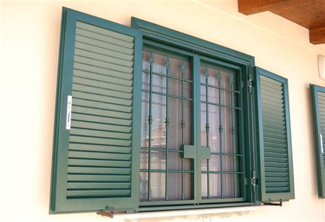porte basculanti roma porte basculanti porte sezionali serrande infissi