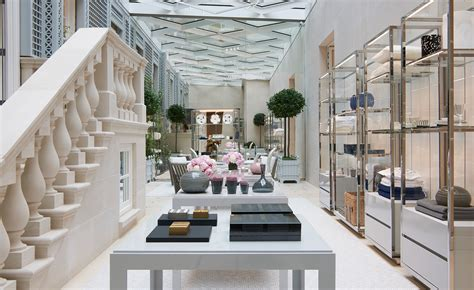 home design stores london dior unveils london boutique design by peter marino news