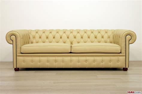 chesterfield divani divano chesterfield 3 posti prezzo e dimensioni