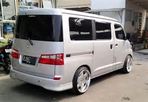 Mobil Daihatsu Luxio Terbaru Modifikasi Keren Dan Elegan Mobil Daihatsu Luxio Terbaru