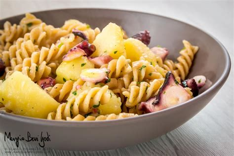 come cucinare polpo con patate pasta con polpo e patate ricetta veloce e versatile