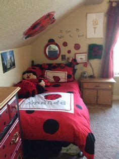 ladybugs in my room kendall s ladybug room our home ladybug room circles and the black