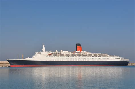 cunard queen elizabeth 2 ship position qe2 news image gallery qe2