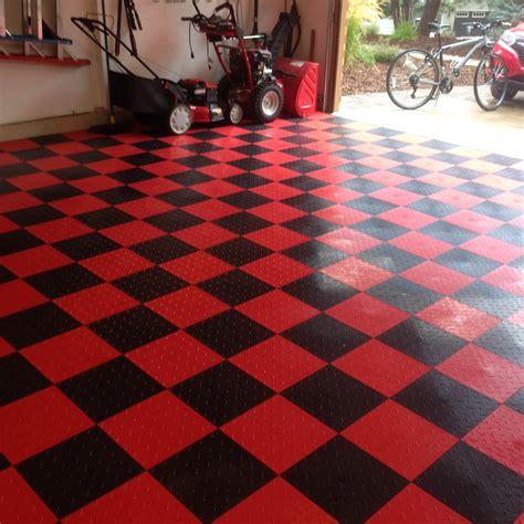 G Floor Garage Flooring Speedway Garage Tile Interlocking Garage Flooring 6 Lock Tile Silver 25 Pack