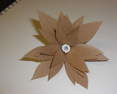 Make Paper - paper flowers kelz reflective journal
