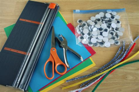 Papercraft Supplies - top 5 kid craft supplies to on make and takes