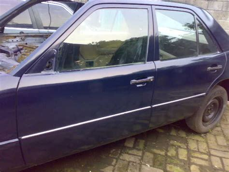 Mercedes W124 Spion Kiri Electric raja mercy jati gemilang motor surganya pengguna dan