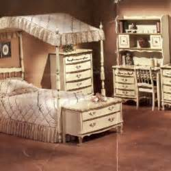 Sears Canopy Bedroom Sets Bedrooms Furniture And Canopies On