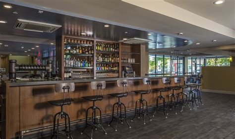 tap room pittsburgh restaurant at hotel indigo in east liberty opens pittsburgh post gazette
