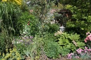 all season flower gardens designing year round gardens