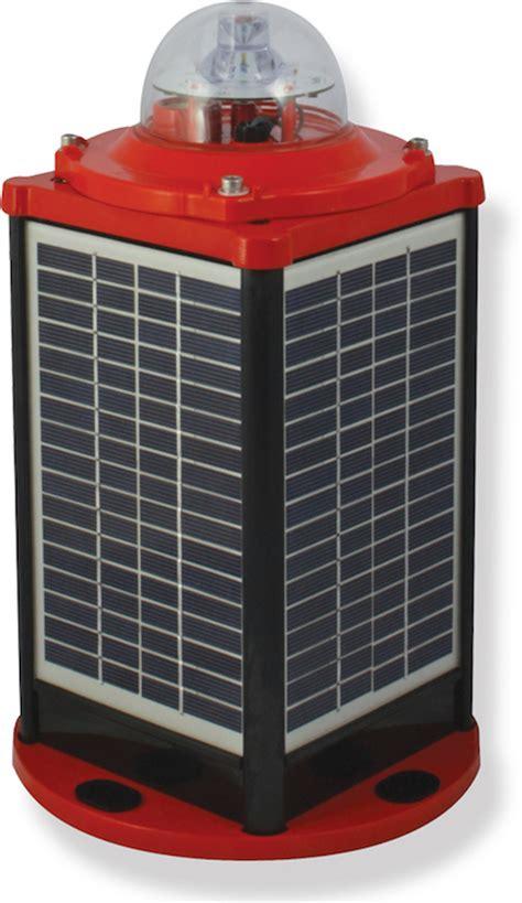 Iqairport Com Solar Powered Low Intensity Obstruction Solar Obstruction Light