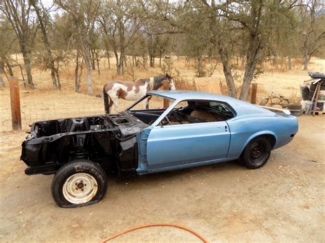 rust   ford mustang project  sale