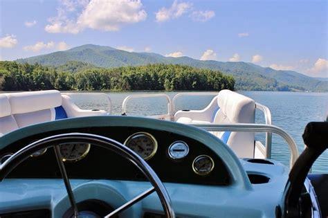 pontoon boat rental jordan lake which boat rental is right for you jordanelle rentals
