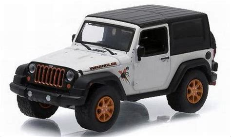 Miniatur Jeep Wrangler Unlimited Skala 64 jeep wrangler white dekor 2012 greenlight diecast model