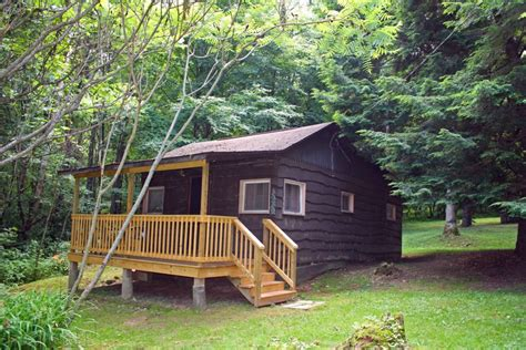 Black Cabins Cooks Forest by Cabin 2 Sleeps 2 Fair Winds In The Forest Cabins