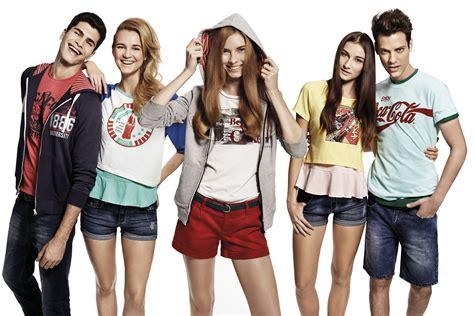 fashionn enthusiast sweater shop here fashion coca cola apparel is now here in malaysia lipstiq com