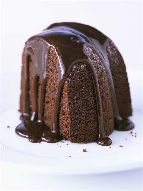 dark chocolate bundt cake with glaze recipe