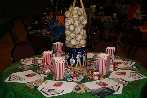 Baseball Table Decoration Ideas by Baseball Banquet Table To Baseball High School Sports