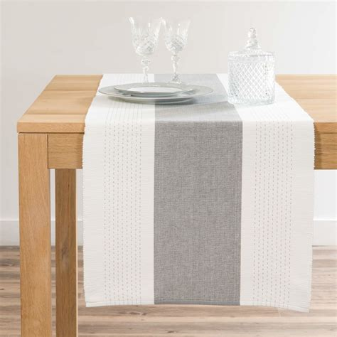 Chemin De Table Blanc Et Gris by Chemin De Table En Coton Blanc Et Gris L150 Maisons Du Monde