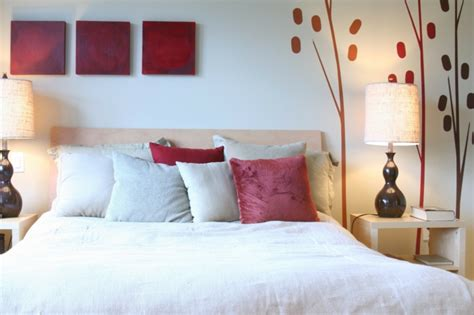 schlafzimmer einrichten rotes bett 1001 ideen f 252 r feng shui schlafzimmer zum erstaunen