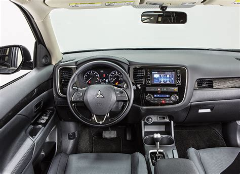 nissan outlander interior 2016 mitsubishi outlander review consumer reports