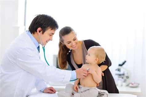 Stock Mainan Anak Doctor 3 In 1 Doctor Set Laris kiat membawa anak yang sakit pergi ke dokter www cosmomom net