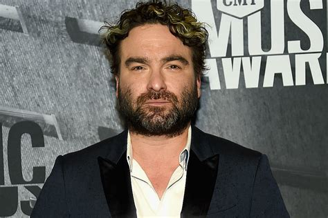 johnny galecki house big bang theory star s house burns down in huge california fire