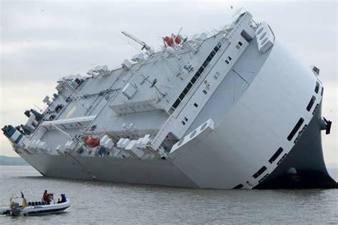 catamaran capsize capsize mfame guru
