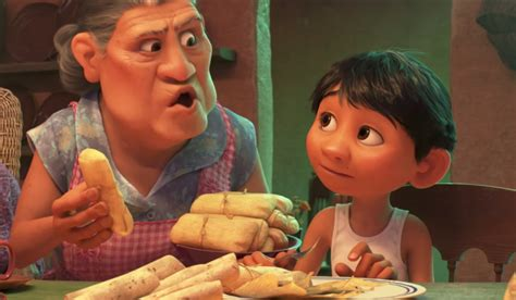 film coco quel age coco official pixar brings the land of the dead to