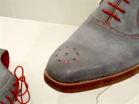 Dominiq Zapato zapatos con sistema integrado de gps 0800flor