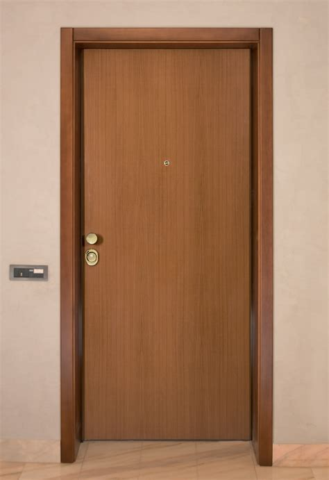 rivestimento porte interne porte interne rivestimento liscio maurizio borri infissi
