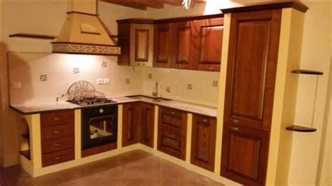 lavelli in pietra lavica lavello in pietra lavica castelmola cu ce mur cucine