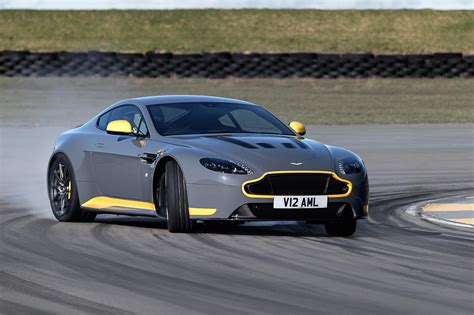 My17 Aston Martin V12 Vantage S Debuts 7spd Manual Option