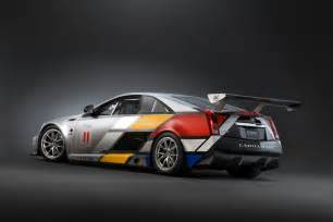 Race Cars Detroit 11 Preview Cadillac Cts V Race Car Unveiled The Torque Report